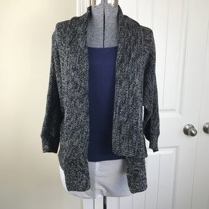 Chaus Sweaters - Chaus Cardigan Marled open front Sz S Black/white